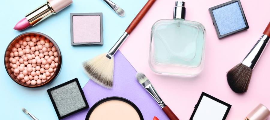 Les ventes en ligne de parfums et produits de beauté